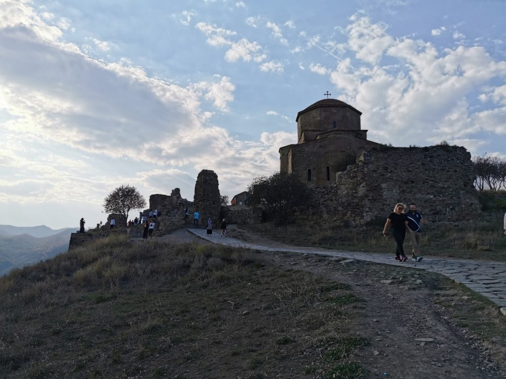 Manastir Jvari
