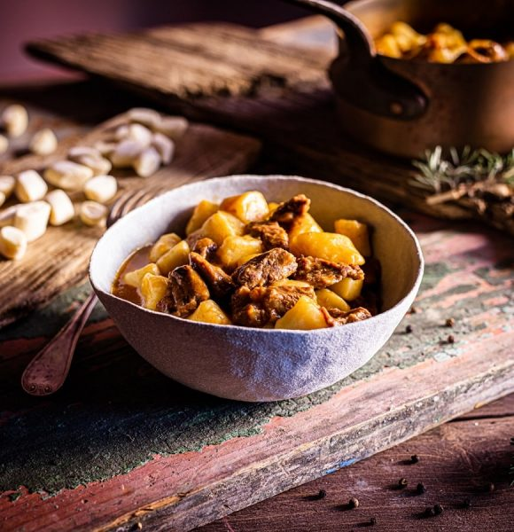 Voliš tradicionalnu istarsku kuhinju? Onda ne smiješ propustiti 'Tradizione a tavola: jela iz pinjate'