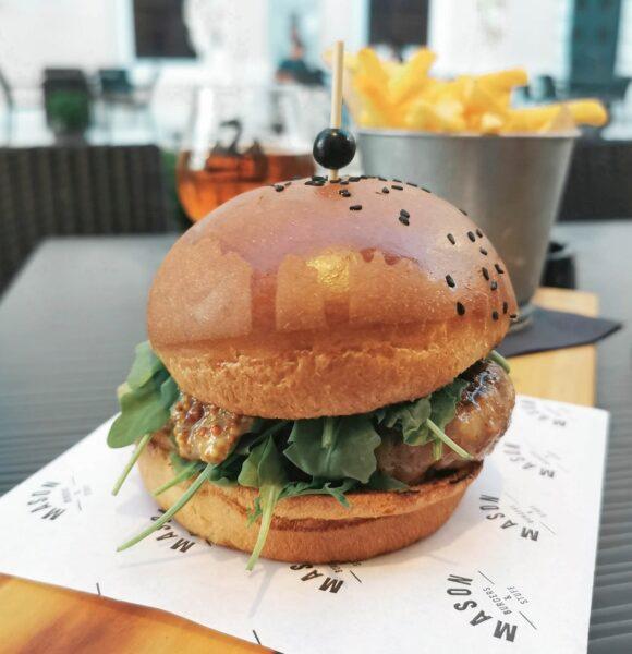 Otišla sam u Pulu isprobati jedan od najboljih burgera u Europi. I moram priznati da je…