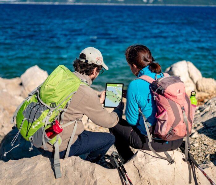 Rab Archaeological (T)races – aplikacija koja te vodi poučnim stazama i upoznaje s kulturnom baštinom otoka Raba