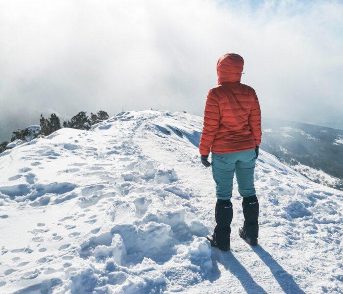Zimska jakna za planinarenje: Zašto je kupiti i kako je odabrati?