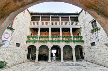 dvorac_vitturi